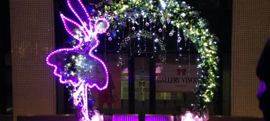 大阪光の饗宴御堂筋イルミネーション光のモニュメント森の妖精デジタル彩ホテル日航大阪前